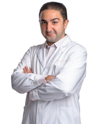 Хирург Давид Назарян
